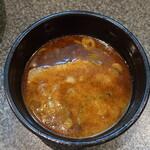 つけめん美豚 - 麵を食べ終わった際のつけ汁。