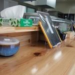 とす麺之介 - お寿司屋さんみたいにカウンターがメイン