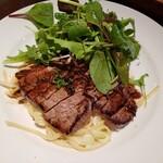 キッチンコトコト - 今日の「洋食ランチ」牛ランプステーキ。