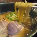 めん魚房 松月 - 料理写真:ラーメン