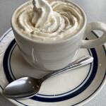 珈琲・中国茶 クイーン - ドリンク写真:ウインナーコーヒー