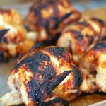 コッコローチキン - 並べてあるこんがり丸鶏♪
