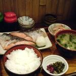 mihashiya - 昼の銀鮭定食