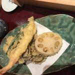 小嶋屋総本店 - 海老、オクラ、舞茸、蓮根の天ぷら