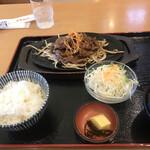 ファミリーレストラン タイニー - 豚の味噌焼き定食