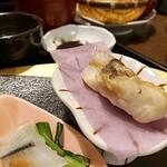 月の蔵人 - 焼き魚と、絶品白身魚の昆布〆