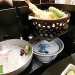 月の蔵人 - 鯛のお造り、天ぷら…他