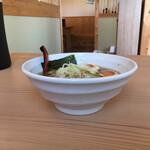 和華麺屋 - 料理写真:まず中華そばがきて