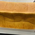 149785601 - 角食パン