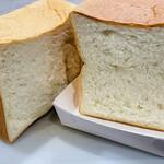 149785632 - 角食パン