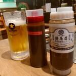 湊商店 - オリジナルソースと辛いソース