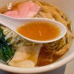 麒麟児 - 鶏出汁+魚介のスープ