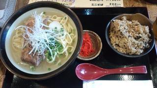 合家 - 沖縄(ソーキ)そばセット:780円