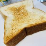 149814445 - 角食パンのトースト