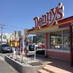 Dennys - 外観