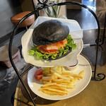 CROSS Burger&Beer/Coffee - 京・野菜バーガー 訪問時期は11月下旬