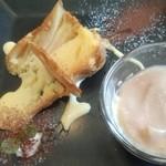 一味一笑 - デザート。リンゴのタルトとティラミス