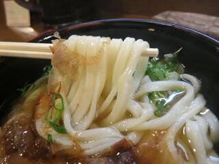 讃岐麺房 すずめ - 麺のアップ