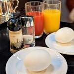 コーヒー ドン - ゆで玉子&ジュース(モーニングセット)