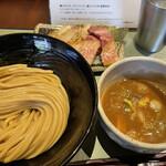 つけ麺 繁田 - 料理写真:焼豚つけ麺