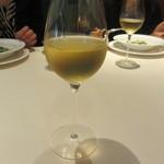 リストランテ カノビアーノ - お替りは、イタリア産白「ソワーベ」