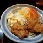 魚忠 - (日替わり定食の)若鶏の唐揚げ