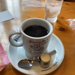コメダ珈琲店 - ドリンク写真:シロノワール食べようと思ったら、時間がかかると言われて珈琲だけに。