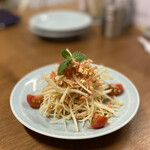 麦酒宿 まり花 - 青パパイヤサラダ