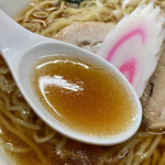 ひかり食堂 - 醤油感が強いスープ