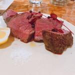 ビストロフジ - フランス産鴨むね肉のロースト