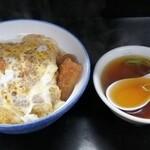 日の出食堂 - 料理写真:煮かつ丼