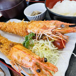 カキ小屋 - ジャンボえびフライ定食