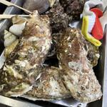 カキ小屋 - 牡蠣、つぶ貝、サザエ、はまぐり