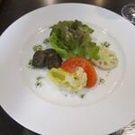 セル ペペネーロ - 料理写真:前菜のサラダ。美しい。