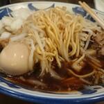 豪麺 マルコ - 麺は細麺を選択  漆黒のスープ