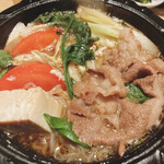 個室和食 肉割烹 吟次郎 - 神戸牛のトマトすき焼き (野菜 龍の卵)