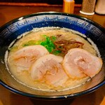 一杉 - 料理写真:白ラーメン【700円】