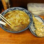 東京らぁめん 青龍 - しょうゆワンタン麺と餃子