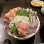 149932030 - 海鮮丼 1,200円