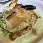 シャンデリア テーブル - 鳥もも肉野ロースト バジルクリームソース