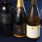 アウラ クチーナ イタリアーナ - 素晴らしいワイン