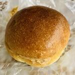 ベーカリー・ミイ - 「牛乳パンのピーナツバター」140円税込み