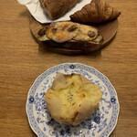 149990045 - チーズフォンデュ 230円