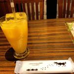 豚しゃぶ・やきとん 森の酒場 隠豚 - オレンジジュース(サービス券利用)