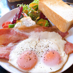 カフェ・フェリーチェ - 料理写真:綺麗に盛り付けし直して撮影〜w