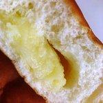 ホームベーカリー ブレーメンムラカミ - クリームパン (105円)
