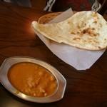 サジョワン - チキンと豆のカレー