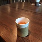 かきのは - ドリンク写真:柿の葉茶てもてなし