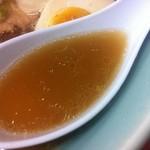 梅光軒 旭川本店 - 醤油拉麺(スープ)