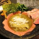 拉麺 成 - ニボリッチ 1100円